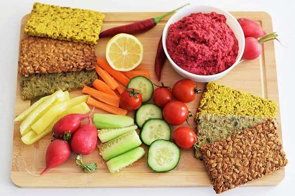 Proteinske pločice i humus